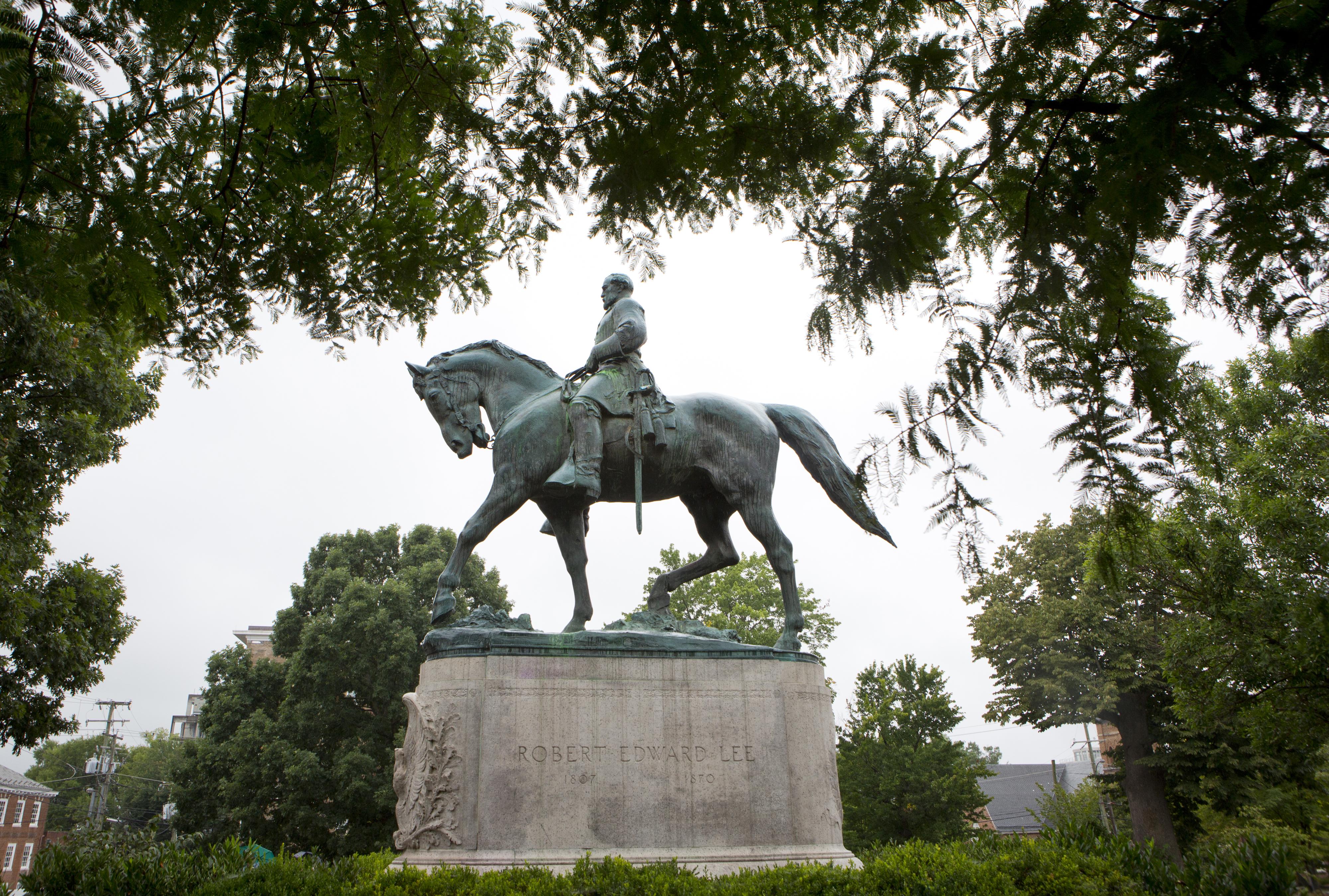 Confederate Statues Charlottesville