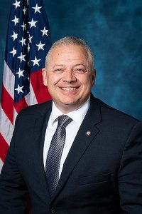 400px-Denver_Riggleman,_official_116th_Congress_photo_portrait